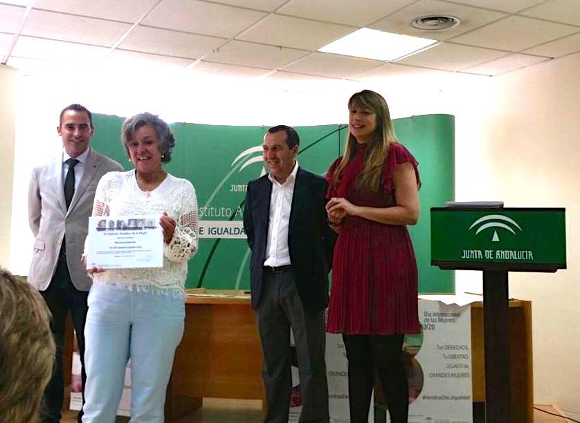 Mariló recibe el reconocimiento «Pionera de la Igualdad en Málaga»